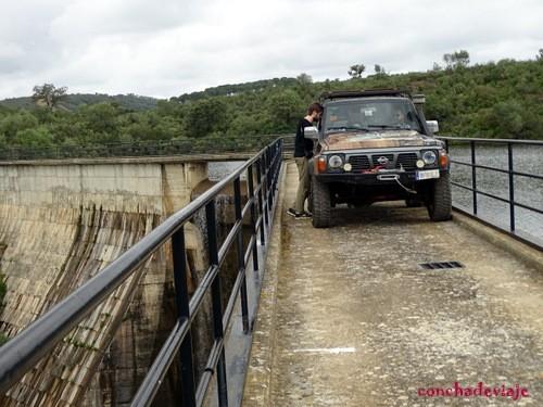 Puente del embalse. El Esparragal