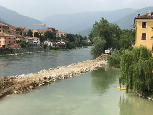 Rio Brenta. Basasno del Grappa